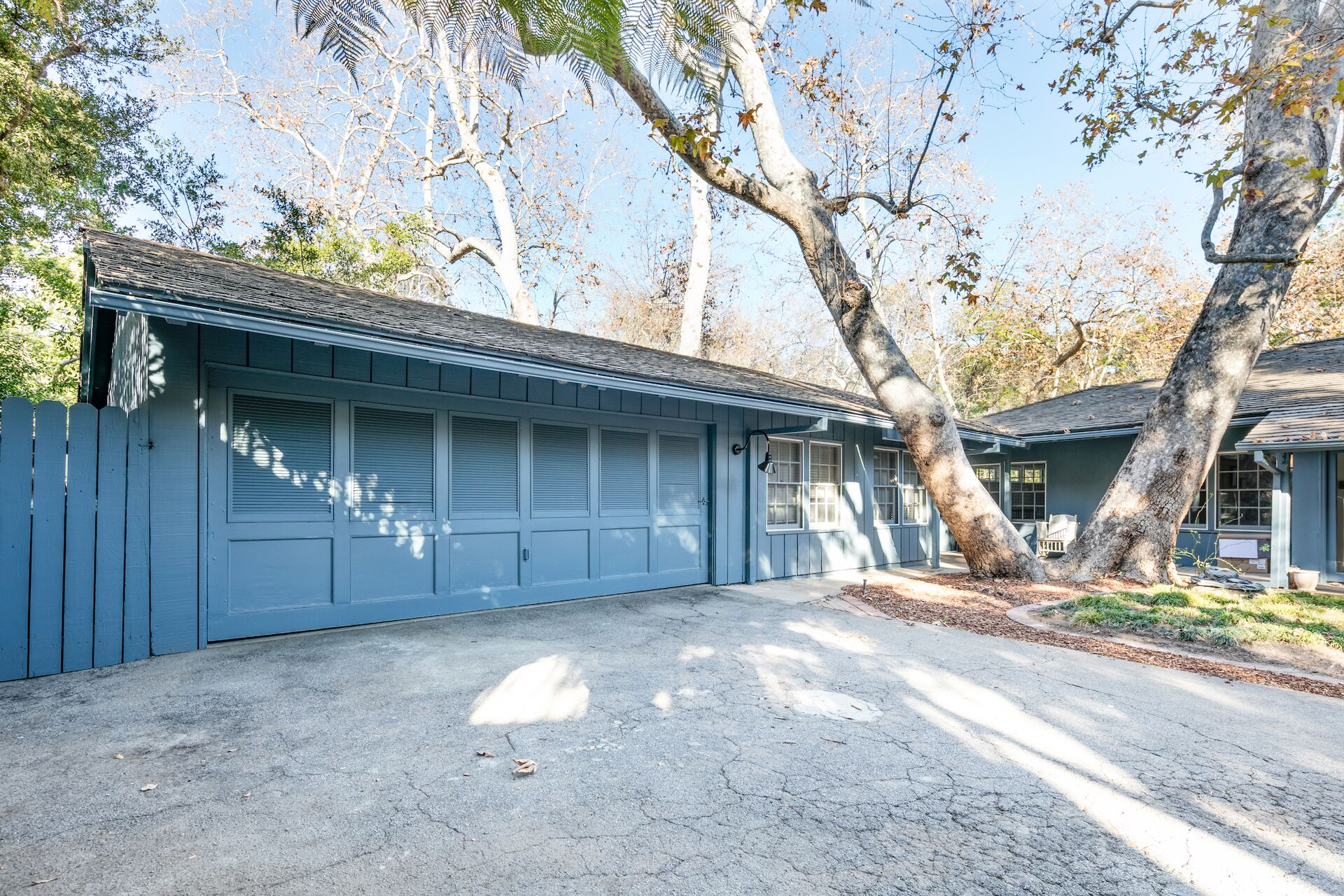 794 Brooktree Road : In The Canyon